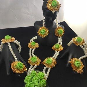 Flower jewelry for bride haldi function